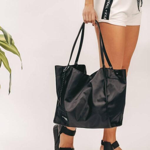 Τσάντα Χειρός Kendall + Kylie Chrishell HBKK-221-0008-80 Μαύρο (6)